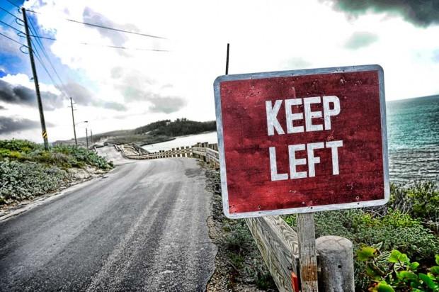 Links blijven rijden!